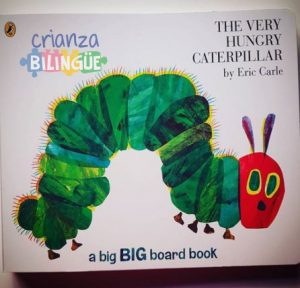 very hungry caterpillar oruga ingles